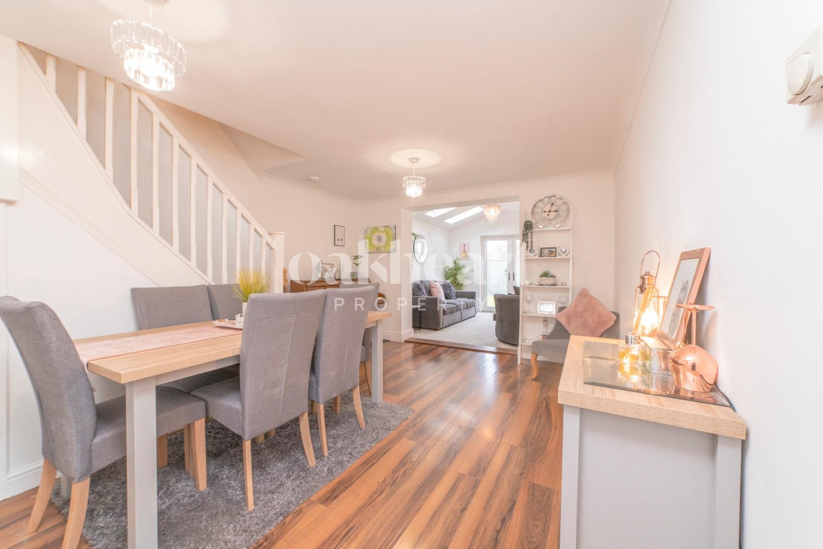 Living dining room copy.jpg